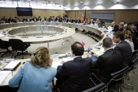 Marí reclama a Montoro más autonomía tributaria