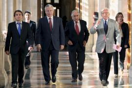 Autorizan el traslado de Garzón a La Haya, pero sin la situación de servicios especiales