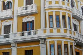 Vila rechaza la posibilidad de instalar usos comerciales en el hotel Montesol