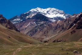 Un niño de nueve años se convierte en el escalador más joven en coronar el Aconcagua