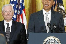 Robert Gates lanza duras críticas contra Obama por su estrategia en Afganistán