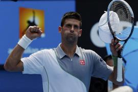 Djokovic a tercera ronda tras derrotar 3 sets a cero al argentino Mayer
