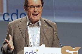 Mas dice a Rajoy que la votación del Parlament es una «ocasión de oro» para dialogar