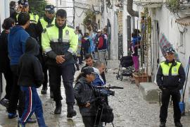 Dos patrullas integrarán el operativo policial para desalojar las calles Alt i Retir de sa Penya