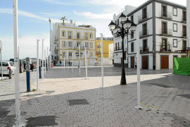 La decadencia de la plaza Antoni Riquer