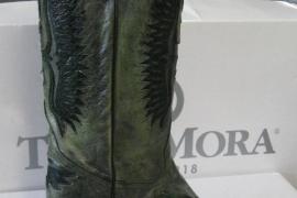 Tony Mora, expertos en botas