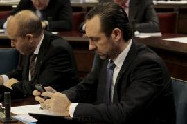 Bauzá afirma que «no se ha subido ni un solo céntimo de euro» a su gabinete