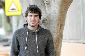 «Me he implicado porque he estado buscando trabajo en un país con un 50% de paro juvenil»