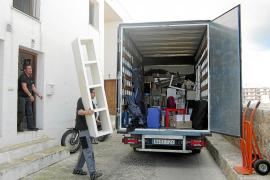 Los inquilinos de las VPO de Dalt Vila critican «las formas» de su desalojo