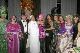 Fiesta solidaria de disfraces del Rotary Club Palma Junípero Serra