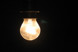 Industria retrasa ahora hasta julio el nuevo sistema de tarifas de la luz
