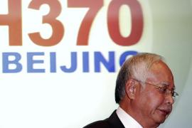 Malasia confirma que el avión desaparecido voló durante horas tras perderse en el radar