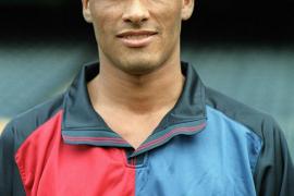 Rivaldo, a los 41 años, pone fin a su carrera como futbolista profesional