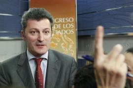 El juez ve indicios de que Santiago Cervera chantajeó al expresidente de Caja Navarra