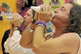 Eivissa explota su esencia hippie