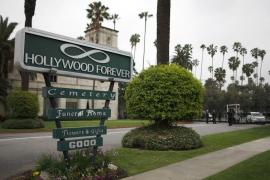 L'Wren Scott es enterrada en Los Ángeles en un funeral privado