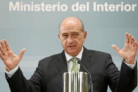 Fernández Díaz admite fallos en el operativo policial del 22-M