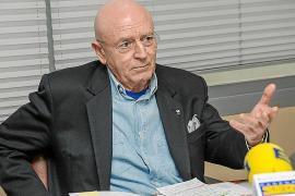 Matutes propone a Serra acordar la consulta sobre sa Conillera para que no haya «manipulación»