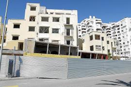 Comienzan los trabajos para demoler los tres edificios en ruina de Sant Antoni