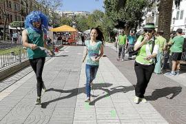 Más de 300 personas unen sus pasos contra las políticas educativas del Govern