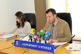 Vila justifica que los técnicos y juristas proponen rechazar las reclamaciones al pliego de limpieza