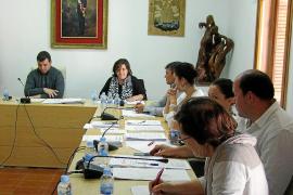 Formentera aprueba por unanimidad exigir al Govern la prohibición de party boats en toda su costa