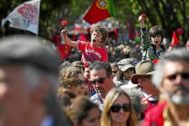 Portugal se vuelca en el 40 aniversario de la Revolución de los Claveles