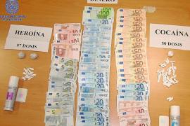 La Policía desmantela un punto de venta de heroína y cocaína en sa Penya