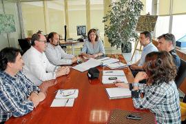 Consell y Ayuntamiento acuerdan poner pivotes y radares en la avenida Sant Josep