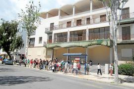 Vila quiere derribar la Delegación del Gobierno «cuanto antes» porque ahora es «un peligro»