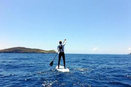 En paddle surf de Jávea a Eivissa para rechazar las prospecciones