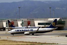 Un avión aterriza de emergencia en Palma por fuego en el tren de aterrizaje