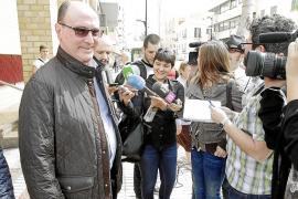 PI-Eivissa intenta fichar al concejal de Vila Juan Daura, que no se plantea dejar el PP «todavía»