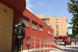 Vila confirma que no ha habido fugas ni restos químicos en el Polideportivo Es Pratet