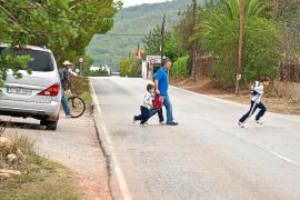 Incredulidad general en Sant Joan ante el anuncio de reforma de la carretera