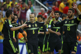España salva la honra ante Australia y se despide de Brasil