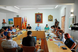 Formentera acuerda instar al Gobierno a que garantice los enlaces marítimos en invierno