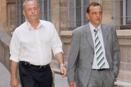 Castro estalla y carga contra Horrach