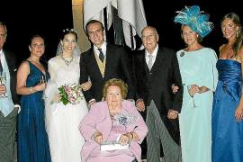 Boda de Luz Villalonga y Gonzalo Ardura en ses Caputxines