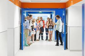 Los ciudadanos de Eivissa entran a conocer su nuevo hospital