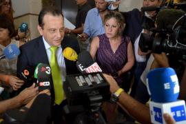 El Poder Judicial reclama con tibieza al fiscal que no desacredite al juez Castro