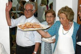 Una fiesta para el padre Juan