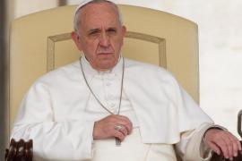 """El papa pide perdón por """"los pecados de omisión"""" en los abusos sexuales"""