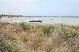 El PP exige la retirada de las embarcaciones abandonadas en  s'Estany des Peix