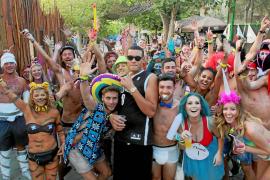 La fiesta de los 'workers' recauda 18.000 euros para fines benéficos