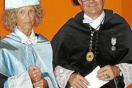 Marisa Mir y el rector Llorenç Huguet.