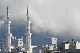 Palestinos e israelíes retoman los ataques