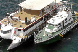 La Guardia Civil aborda 5 party boats y abre dos actas de actividad ilegal