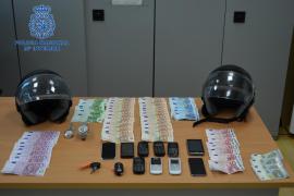 Detenidos en Eivissa dos jefes de la mafia napolitana que robaban relojes de gran lujo