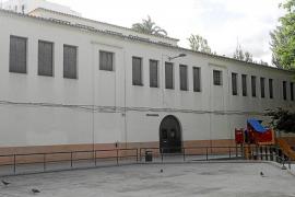 Vila consensúa tumbar la fachada de Sa Graduada para construir los juzgados